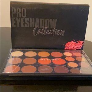 Crown Pro Eyeshadow Collection